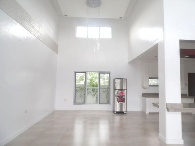 4 Bedroom House with Swimming pool for rent - 100K - 9