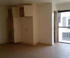 2 Bedroom Town House for rent - Walking Distance to Fields Avenue - 8