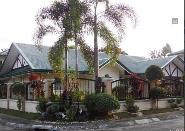 Bungalow House with Spacious yard for rent in Angeles City, Pampanga - 7