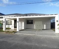 Spacious Bungalow House with Swimming pool for rent - 90K - 0