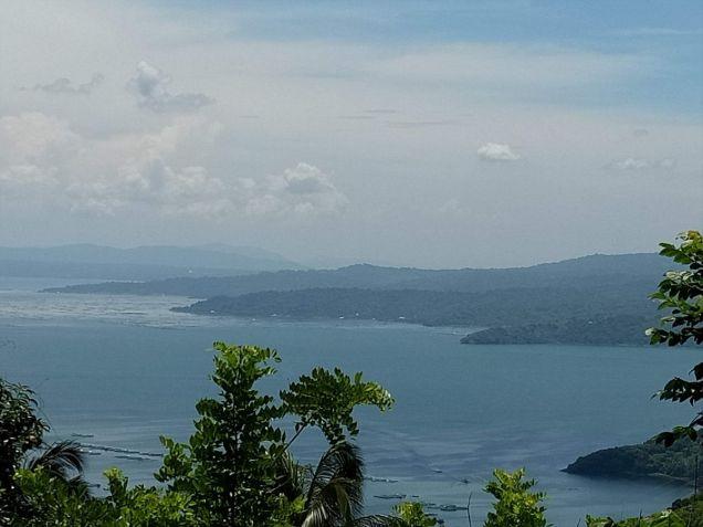 Overlooking Taal lot 3000 sqm in Laurel Batangas near Tagaytay - 6