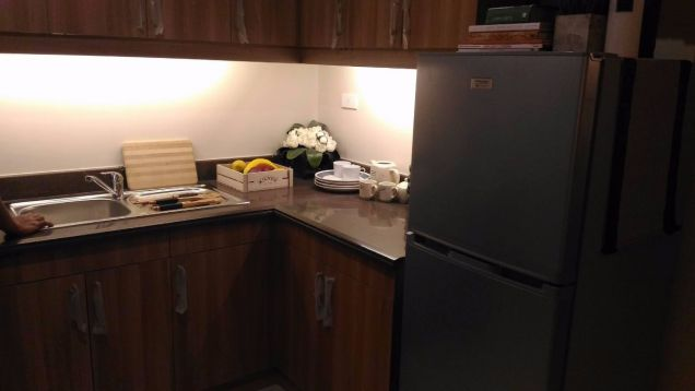 2 Bedroom End Unit Cypress Towers in Taguig near Acacia Estates, BGC, Mckinley - 4