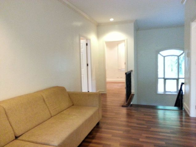 Spacious 4 Bedroom House with Swimming Pool for Rent in Maria Luisa Cebu - 9