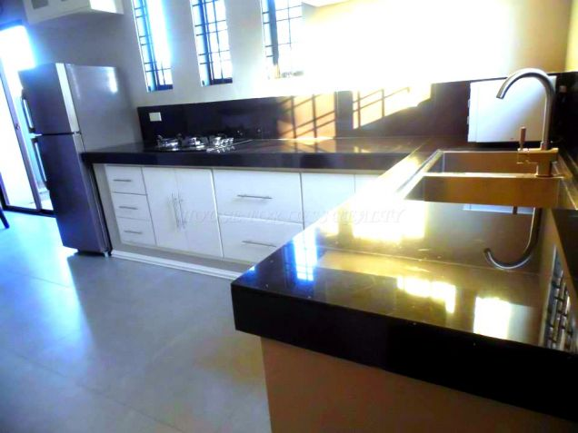 3 Bedroom Duplex House For Rent In Angeles City - 5