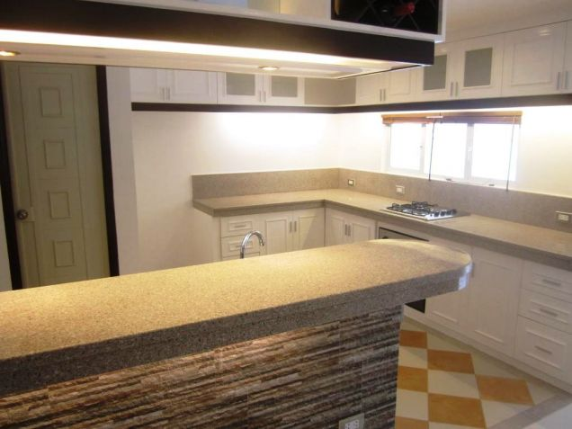 3-STOREY 4Bedroom Furnished Townhouse For Rent In Friendship Angeles City... - 8