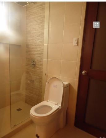 For Rent Fully Furnished House and lot with 4 Bedrooms - 4