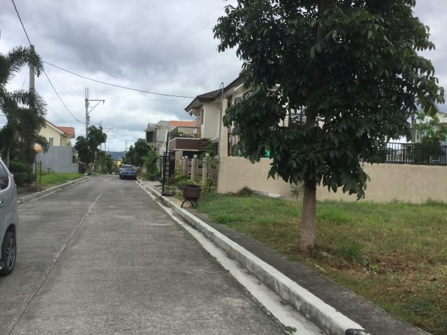 Residential Lot at Executive Subdivision in Quezon City near Commonwealth. - 2