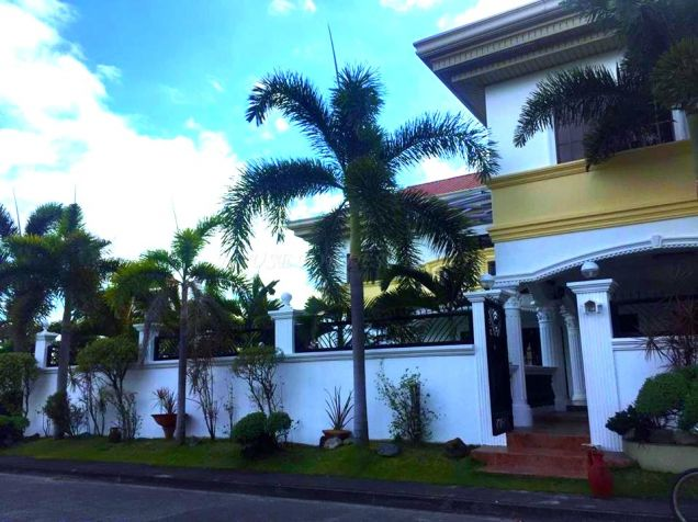 7 Bedroom House For Rent With Pool In Angeles City - 2