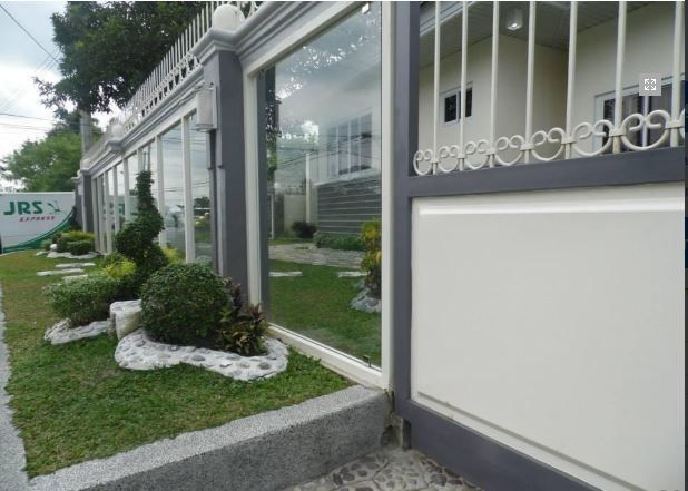 Bungalow House with Spacious yard for rent - 45K - 7