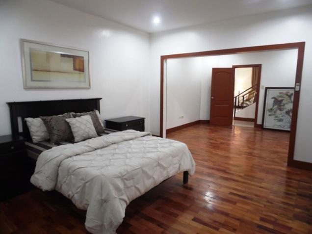 TWO Storey Furnished House & Lot For RENT In Balibago Angeles City - 5