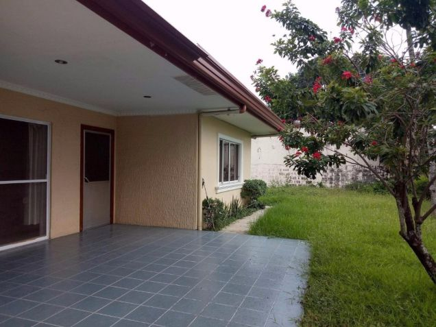 Bungalow House for rent with 4 bedrooms in Friendship - 5