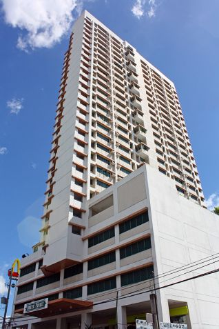 Pioneer Pointe, Filinvest Land Inc - 4