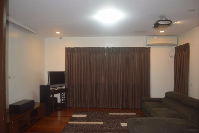 Banilad 2 storey house with 4bedrooms fully furnished inside paradise P180K - 7