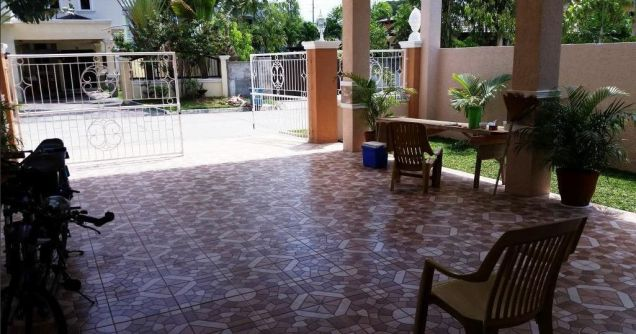 Extensive 1 storey House and lot for rent in Friendship - 7