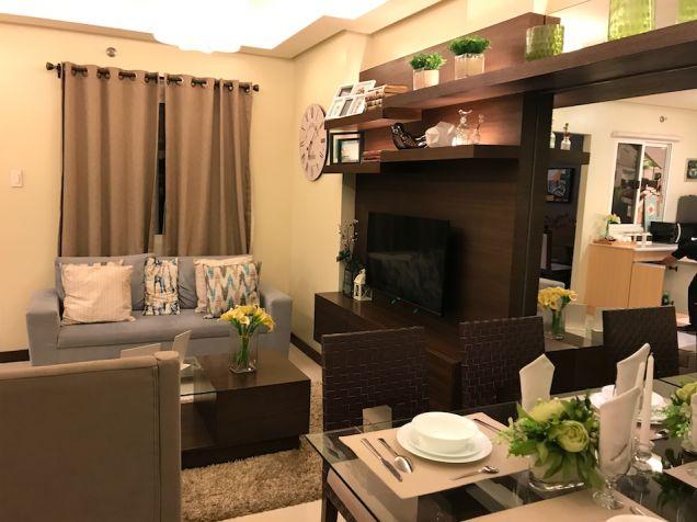 Cheap 2 bedroom Condo Unit Near Eastwood Ayala Mall Ateneo LRT - 2
