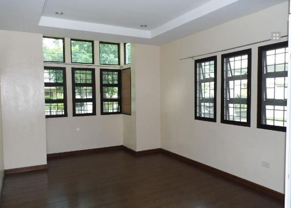 House and lot with 4 Bedroom for rent - 45k - 7