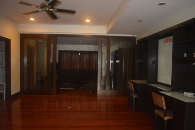 Banilad 2 storey house with 4bedrooms fully furnished inside paradise P180K - 3