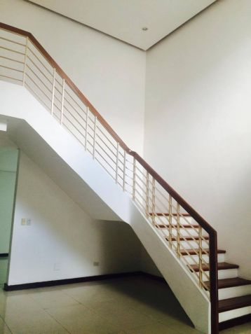 3 Bedroom Town House for Rent in a Exclusive Subdivision in Angeles City - 8