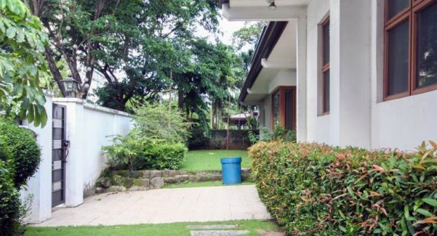 4 Bedroom Elegant House for Rent in Urdaneta Village Makati(All Direct Listings) - 9