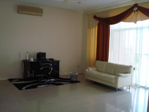 For REnt 2 Bedroom Town House in Amsic Angeles City - 2