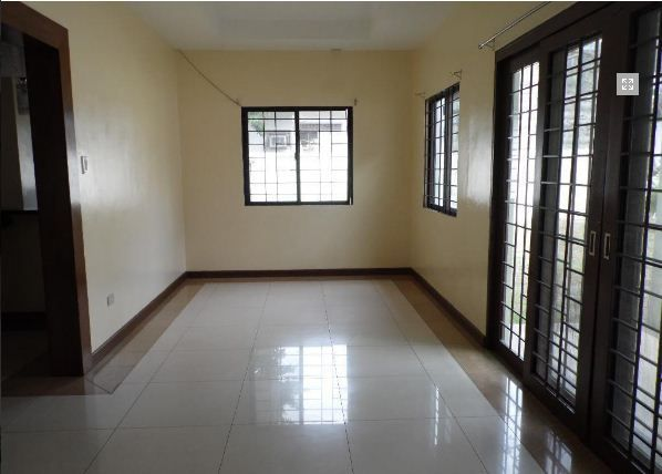 House and lot with 4 Bedroom for rent - 45k - 2