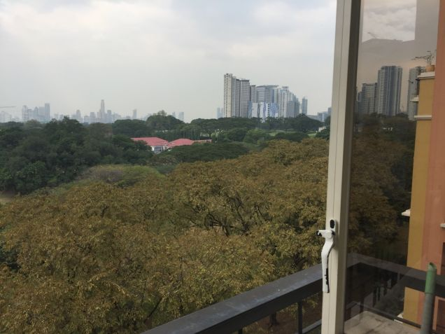 Tuscany 1 Bedroom Loft Condo Mckinley Hill For Sale with Parking - 4