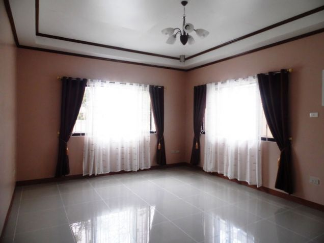 Furnished One-Storeyl House & Lot For Rent Along Friendship Highway In Angeles City Near CLARK - 4