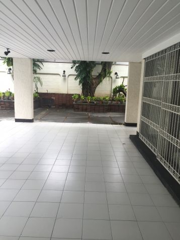 House for Rent in Dasmarinas Village - 9
