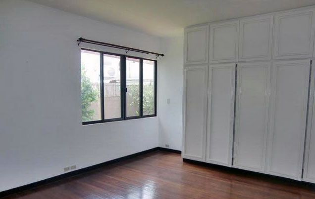 4 Bedroom House for Rent in San Lorenzo Village Makati(All Direct Listings) - 1