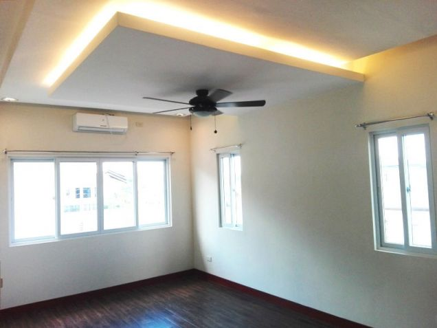 4 Bedroom House with Swimming pool for rent - 70K - 6