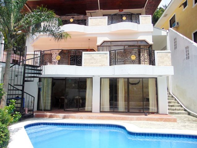 House for Rent with Swimming Pool in Banilad, Cebu City - 7