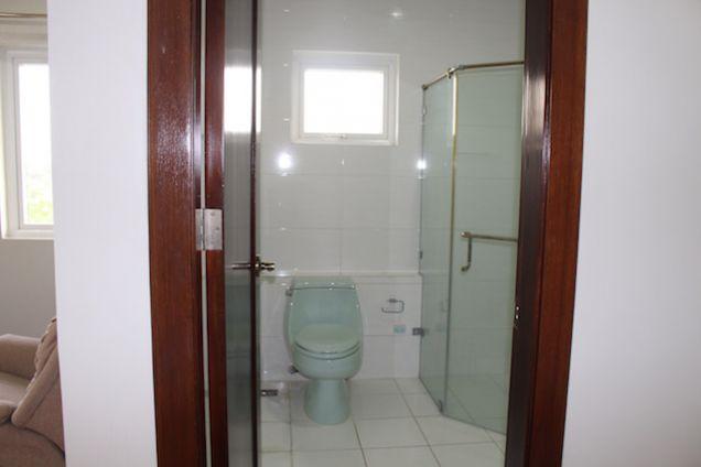4-Bedroom House with Pool in Ma. Luisa - Banilad - Cebu - 7