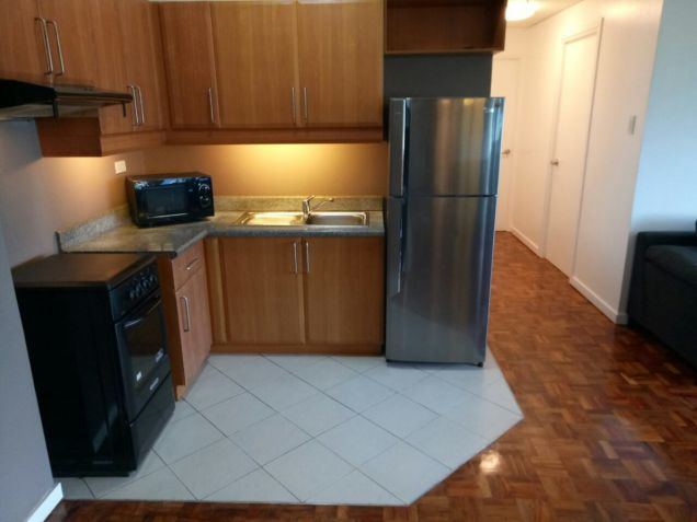 FOR SALE 2 BR in Fifth Avenue , BGC,Taguig City - 7