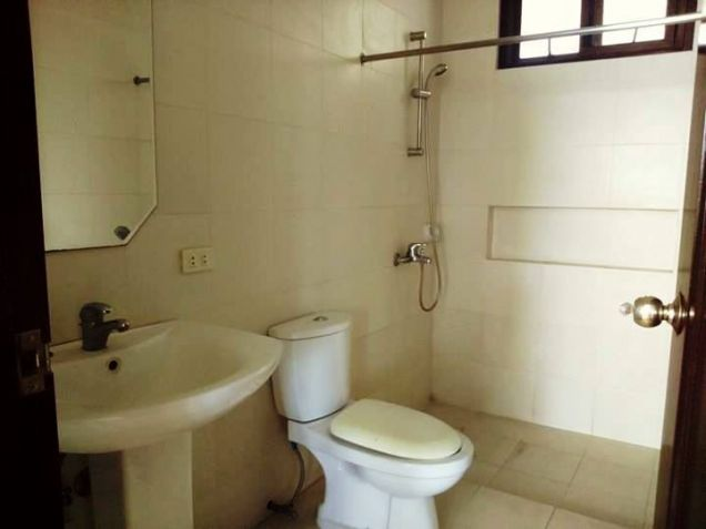 Two-Storey House & Lot For Rent In Friendship Angeles City Near Clark - 1