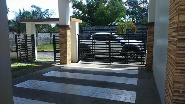 House and Lot for rent with 3BR in Angeles City - 40K - 4