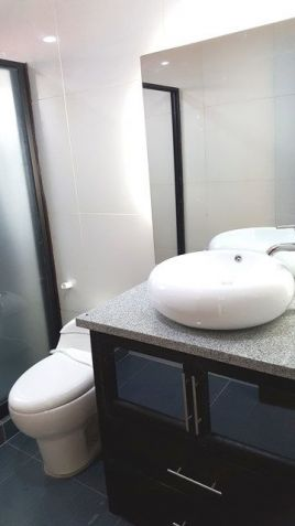 Modern House with 4 BR for Rent - 35K - 1