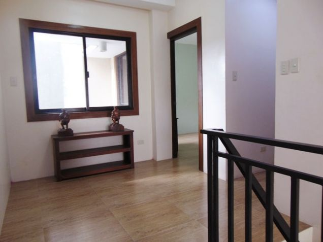 4 Bedroom Apartment for Rent in Guadalupe, Cebu City, Semi Furnished - 9