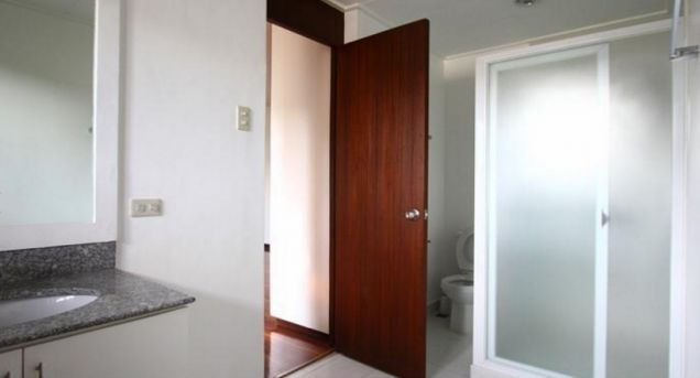 Well-Maintained 4 Bedroom House for Lease in Dasmarinas Village, Makati(All Direct Listings) - 9