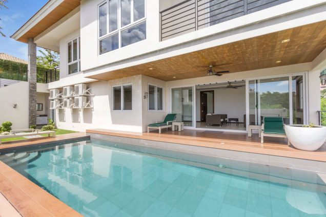 Modern 4 Bedroom House for Rent in Maria Luisa Park - 0