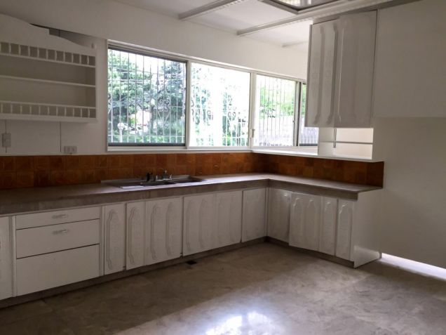 Spacious 4BR House For Rent in Dasmarinas Village, Makati - 6