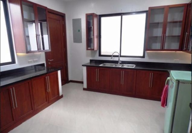 withpool Furnished House & Lot for RENT in Friendship Angeles City - 6