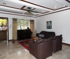 w/Huge yard House & Lot for RENT in Friendship Angeles City - 3