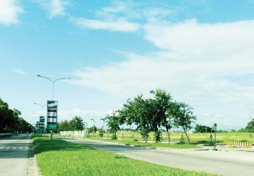Sta. Rosa Vacant Commercial Lot very near Paseo Premiere Hotel and Medical City - 1