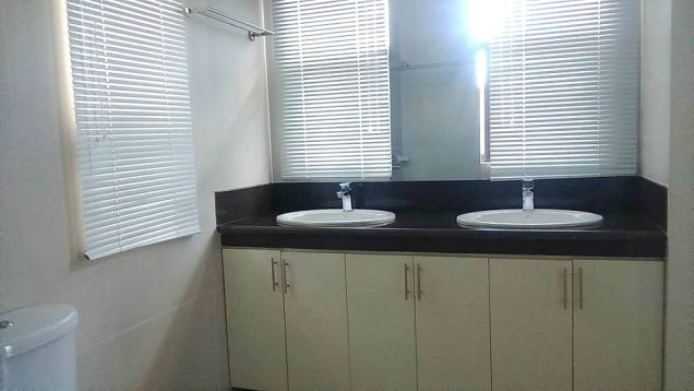 3 Bedroom Semi Furnished House for rent in Hensonville - 50K - 8