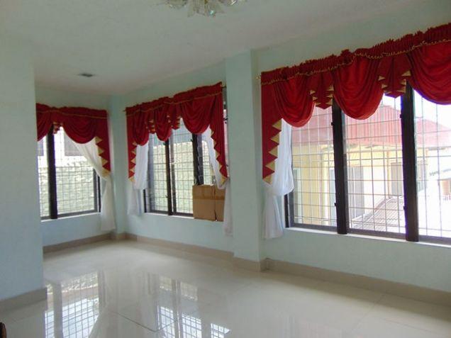 House for Rent 5 Bedrooms in Mabolo, Cebu City - 4