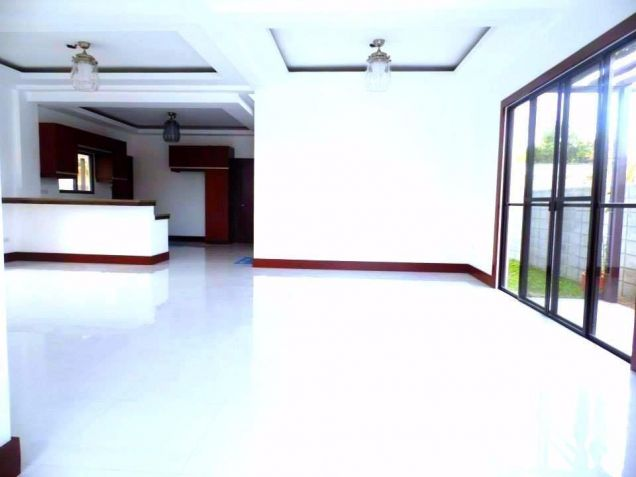 For Rent Furnished Modern House In Angeles City - 5
