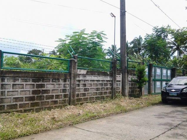 Farm lot with improvement in near Tagaytay city - 3