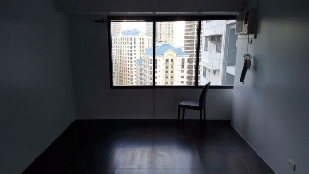 3 bedroom The Fort Residences BGC - 1
