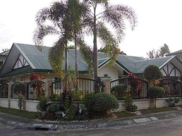 (3)Three Bedroom Furnished House and Lot For Rent - 0