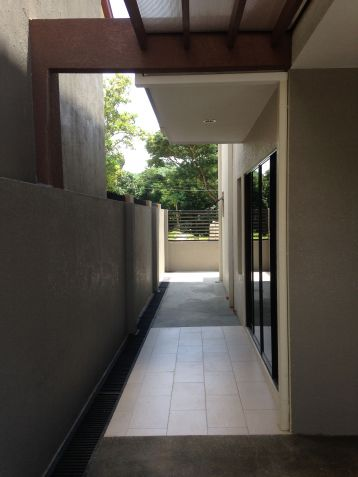 House and Lot 4 Bedrooms for Rent in Talamban, Cebu City - 4